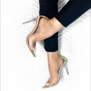 Mackin J Transparent Clear Pointed Pointy Toe Pump